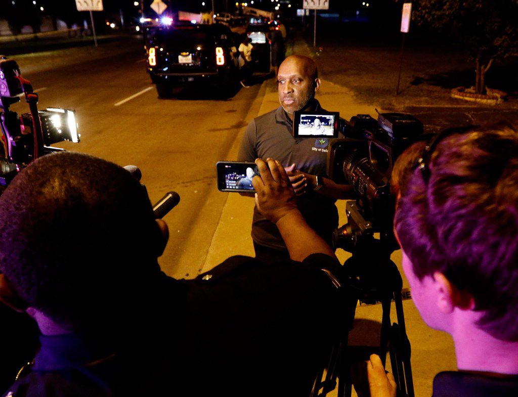 Dallas City Manager T. C. Broadnax addresses the media at the accident site in 2017.