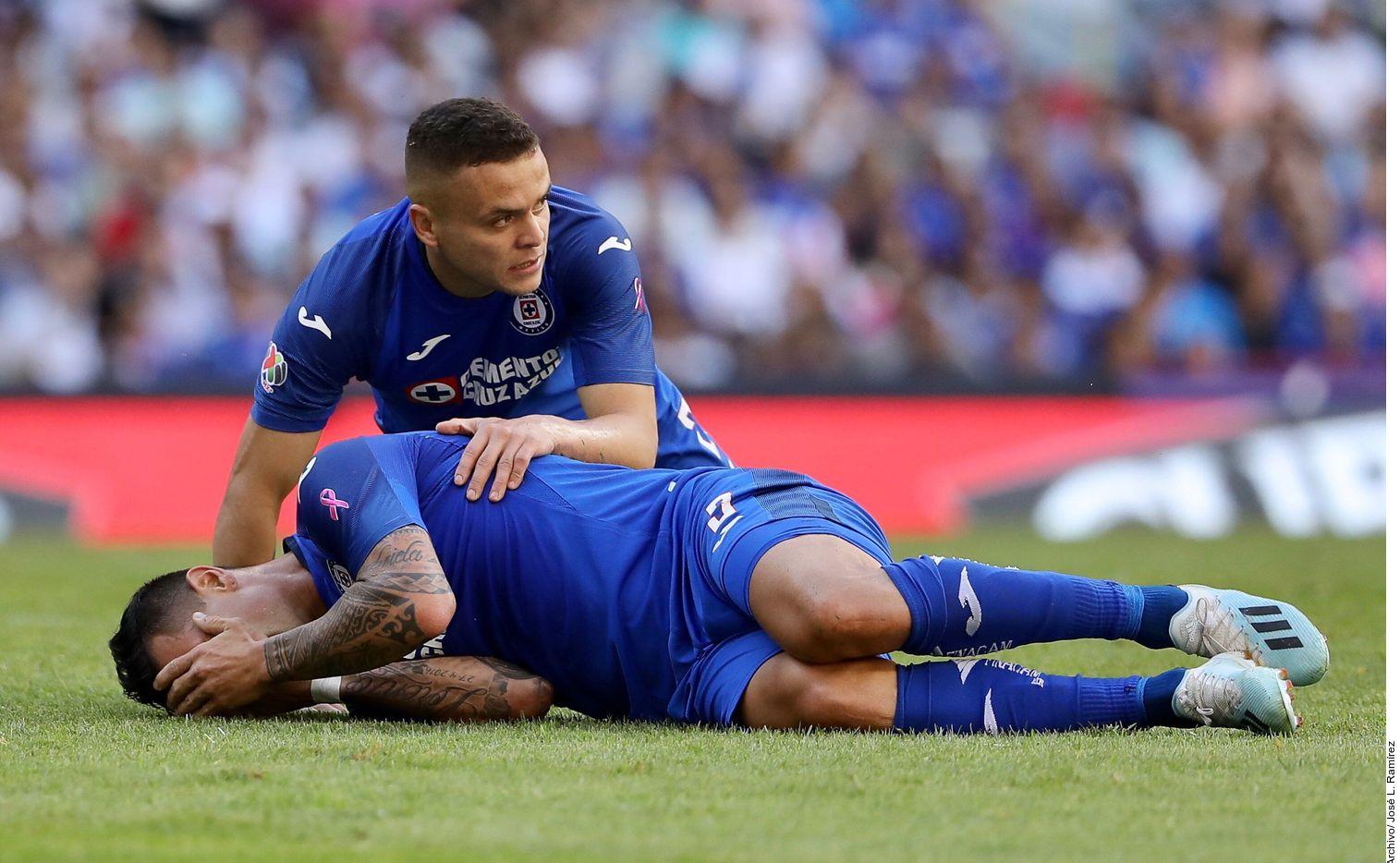Milton Caraglio sufrió una lesión en el encuentro de preparación del sábado contra Toluca, por lo que tuvo que entrar al quirófano para tratarse una fractura del quinto metatarsiano del pie derecho.