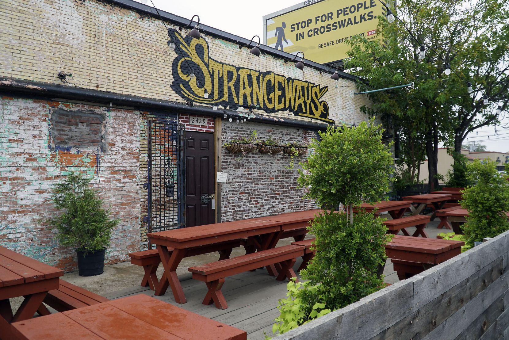 Strangeways restaurant in Dallas has a large patio.