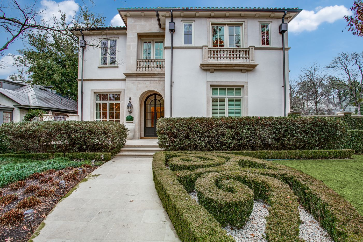A look at the front of the Dallas home Kameron Westcott is selling.
