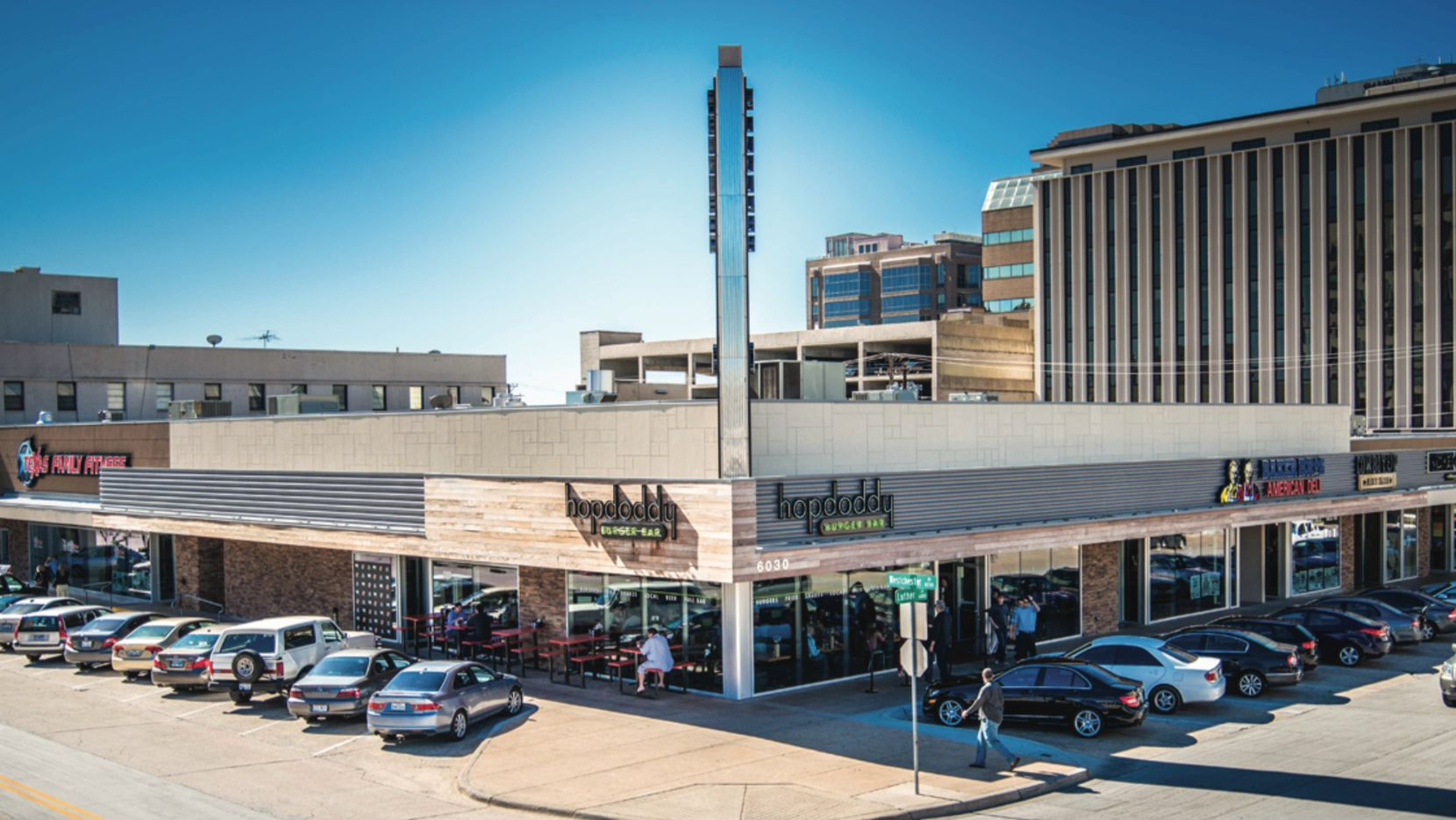 A retail, hotel and condo tower is planned for the retail corner in Preston Center.