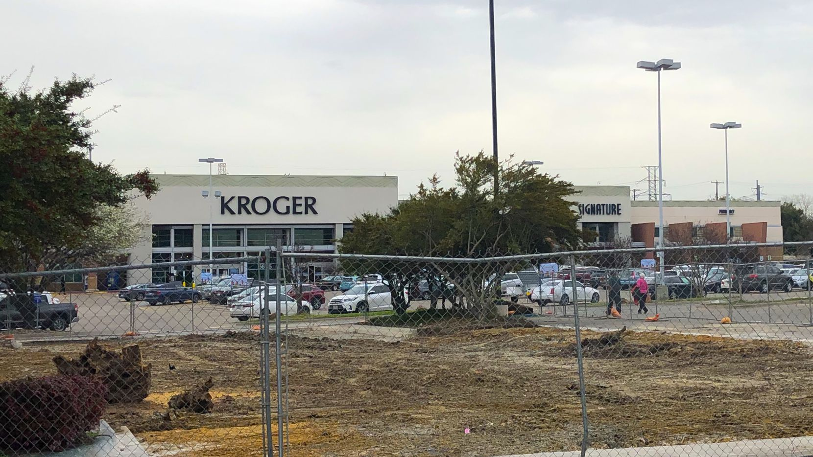 The flattened dirt in front of Kroger on E. Mockingbird Lane in Dallas used to be a Burger Street.