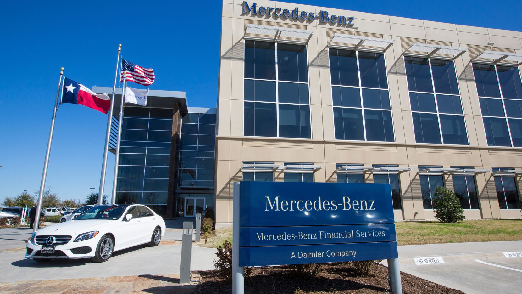 Mercedes-Benz Financial Services has had an office in  North Fort Worth since 2007.