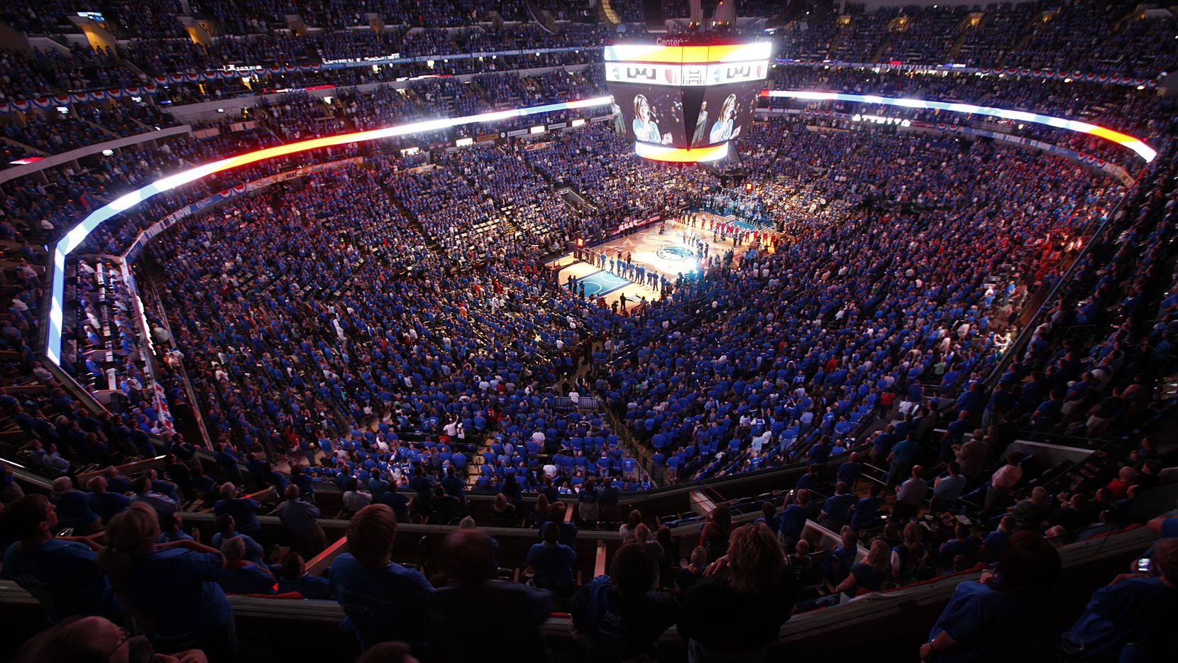 Kelly Clarkson sung the National Anthem to a sold out crowd  before Game 4 of the NBA Finals between the Dallas Mavericks and Miami Heat at American Airlines Center Tuesday, June 7, 2011 in Dallas. (Tom Fox/The Dallas Morning News)