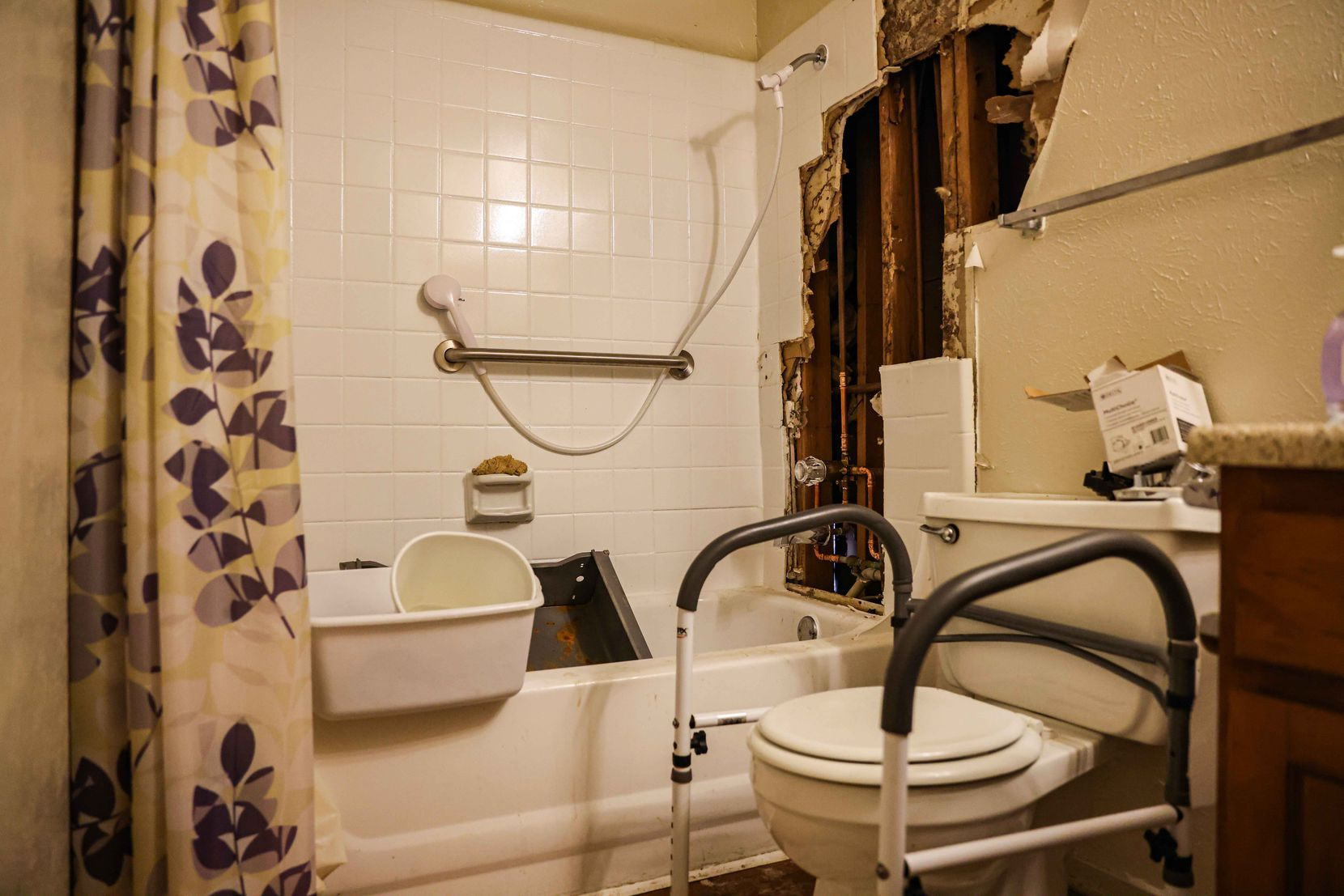 Tom Strzyz's bathroom has not been fully functional since pipes burst during the winter storm that hit Texas in mid-February. Strzyz along with several residents, lost power and had to fetch water from the complex's swimming pool. Hot water only began to flow this week in spurts at the Wildflower Apts complex in Dallas on Thursday, March 11, 2021.