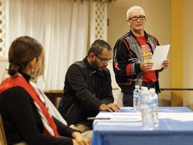 Saúl Monge, quien dirige el capítulo Dallas de la Alianza Nacional TPS, consideró injusto que la extensión sea solo para las personas de El Salvador.