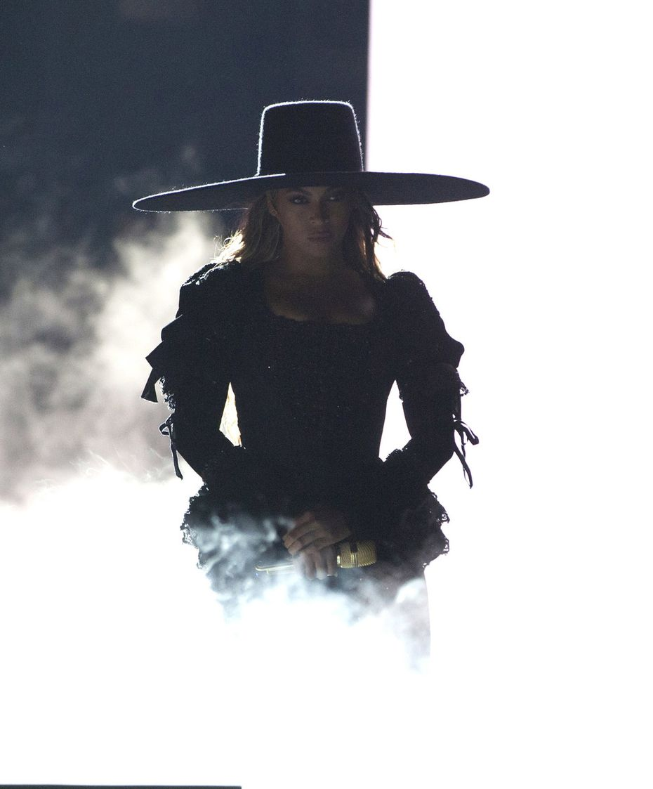 Beyonce performed her Formation World Tour last week in Raleigh, N.C. She brought her showstopper to AT&T Stadium in Arlington on Monday.