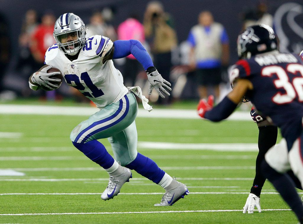 Dallas Cowboys running back Ezekiel Elliott (21) rushes up the field during the second half of play at NRG Stadium in Houston on Sunday, October 7, 2018. Houston Texans defeated Dallas Cowboys 19-16 in overtime. (Vernon Bryant/The Dallas Morning News)