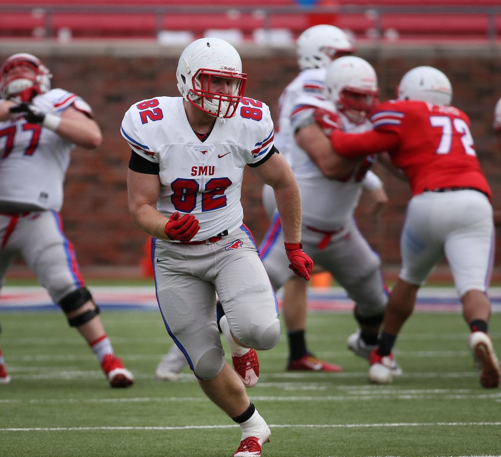 Southern Methodist Mustangs tight end Corey Rau (82) runs the field during Southern Methodist Mustangs's spring game at Gerald J. Ford Stadium on Saturday, April 14, 2018. (Rose Baca/The Dallas Morning News)