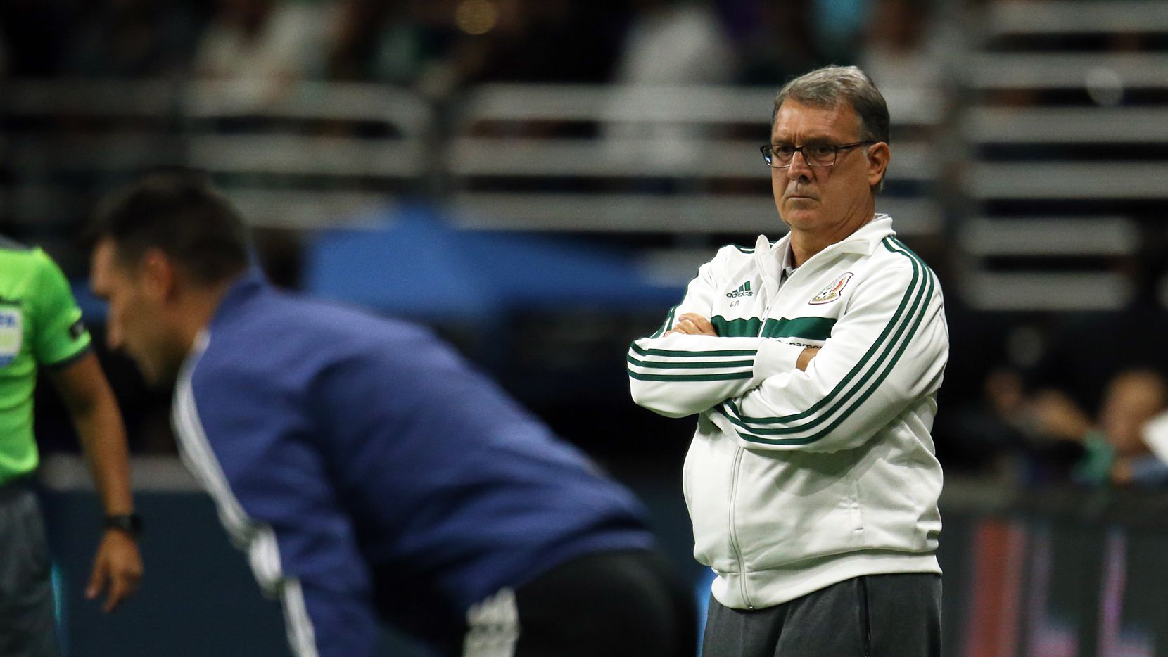 No todas la obligaciones que tiene con la selección mexicana son del agrado del entrenador argentino Gerardo Martino