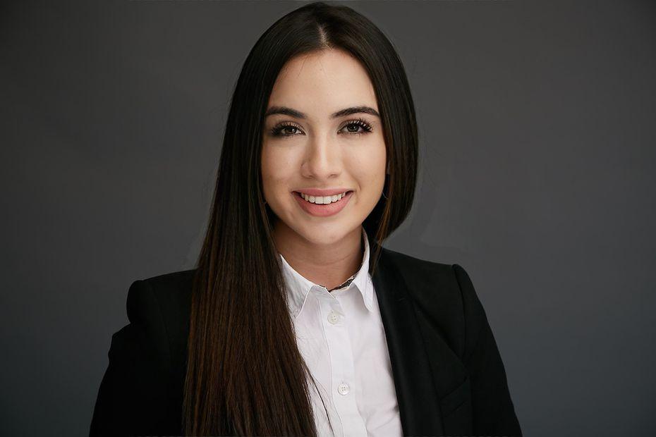 Manuela Murillo Sánchez, 22 años, es recién egresada de Southern Methodist University. Ahí estudió ingeniería mecánica y matemáticas, además de liderar la Sociedad de Ingenieros Profesionales Hispanos.