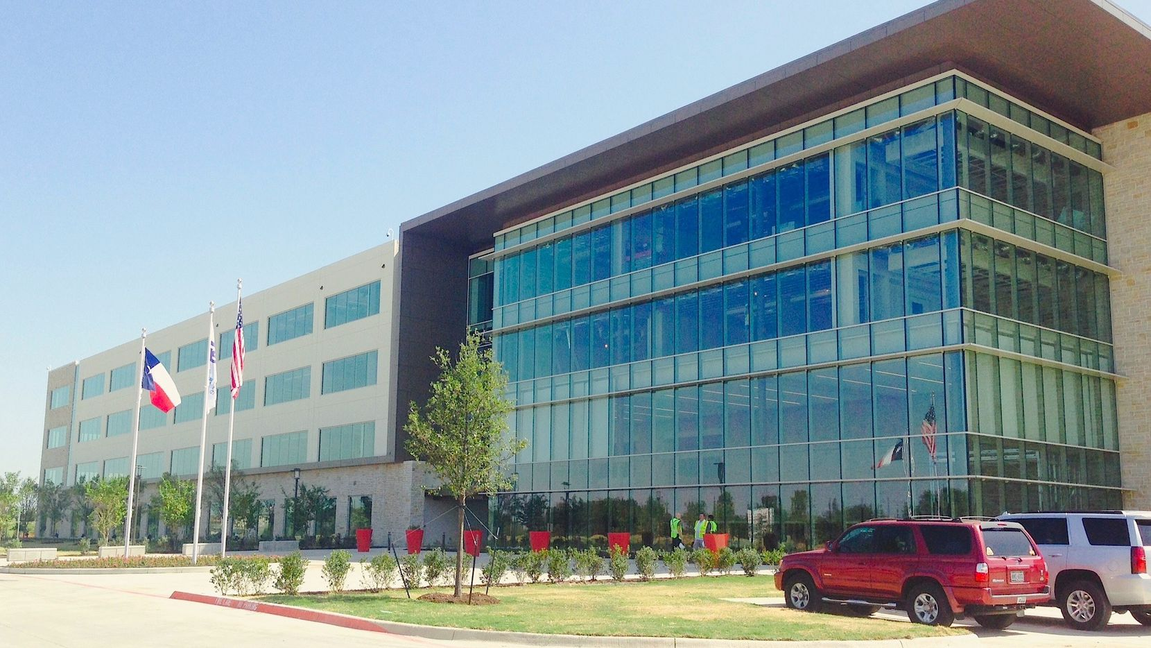 The FedEx Office campus on Legacy Drive in West Plano was sold to a Washington, D.C.-based investor. (Steve Brown/Staff)