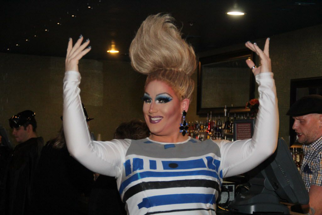 Gaybingo was held at S4 on Cedar Springs on Jan 16, 2016. Gaybingo combines drag, dance, and comedy into bingo. As an event of Resource Center, the funds raised directly benefit the programs and services of the Center. Sabrina Starr