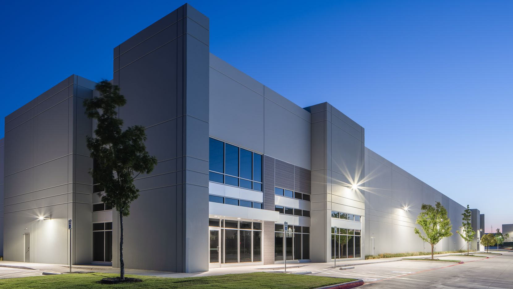 Mygrant Glass leased 93,079 square feet of industrial space in Parc NorthEast in Richardson.