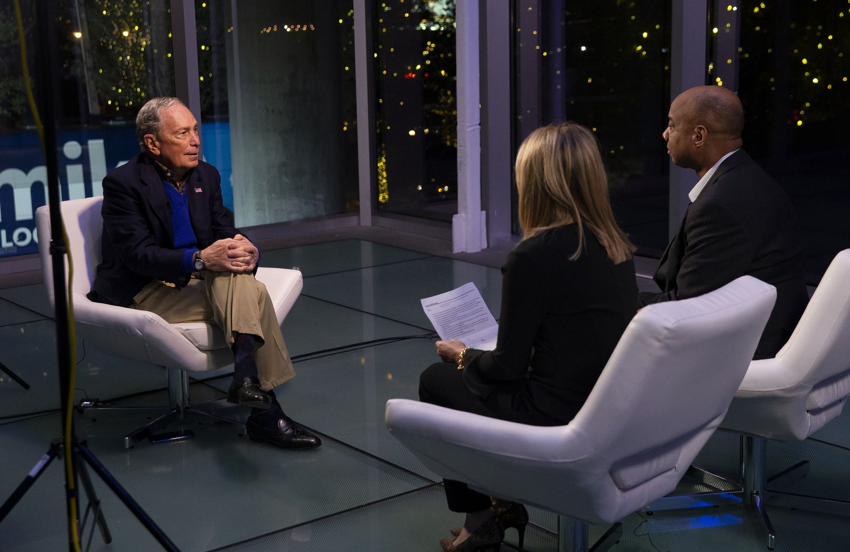Presidential candidate and former New York Mayor Mike Bloomberg sits down with Gromer Jeffers Jr. of the DMN and Julie Fine of NBC 5 after a campaign rally on Jan. 11, 2020 in Dallas. (Juan Figueroa/ The Dallas Morning News)