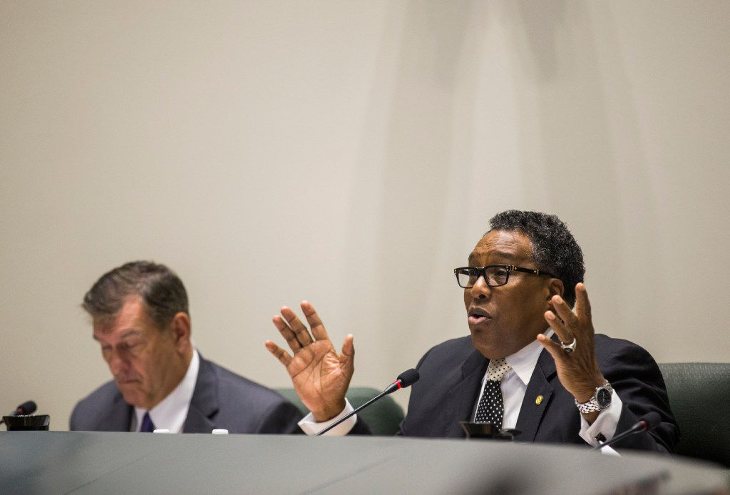Mayor Pro Tem Dwaine Caraway speaks as the Dallas City Council prepares to vote to kill the Trinity River Toll Road on Wednesday, August 9, 2017 at City Hall in Dallas. At left is Mayor Mike Rawlings. (Ashley Landis/The Dallas Morning News)