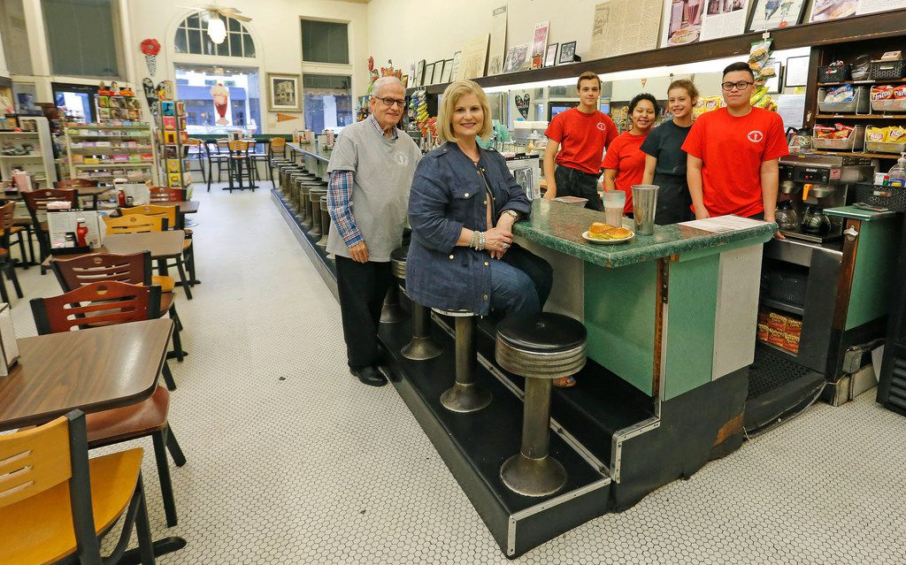 Sonny Williams and Gretchen Minyard Williams joined their employees at the Highland Park Soda Fountain on Knox Street in Dallas just before the store was preparing to close. The corner is being redeveloped.