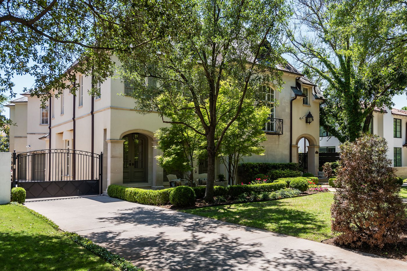 Take a look at the home at 4417 Beverly Drive in Highland Park.