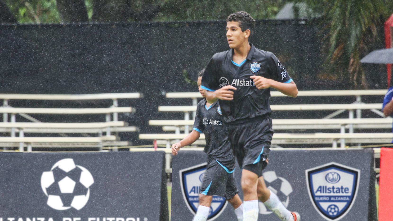 Nicolás Carrera, del FC Dallas Sub-17, fue convocado por el Tri juvenil y espera jugar el Mundial de Brasil de este año.
