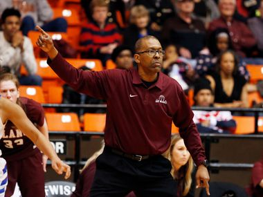 Plano's Rodney Belcher coaches his team against Duncanville in the regional championship game in 2018.