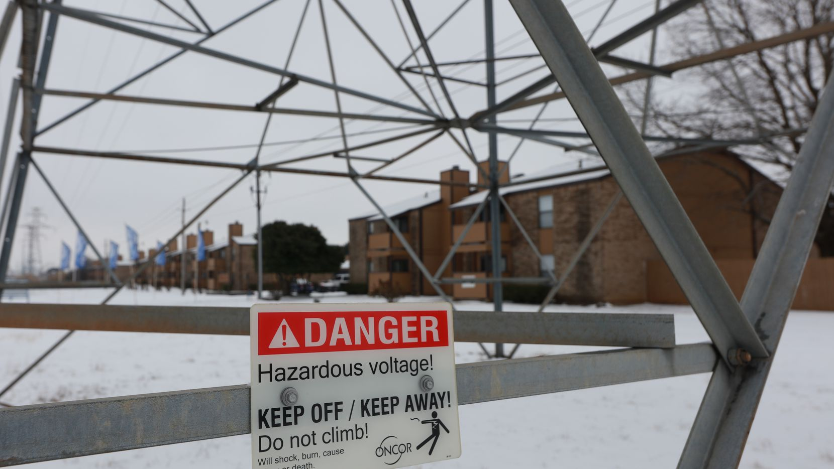 FORT WORTH, TX - FEBRAURY 17: A transmission tower supports power lines after a snow storm on Febraury 17, 2021 in Altamesa Blvd., and Crowley Rd. in Fort Worth, Texas.