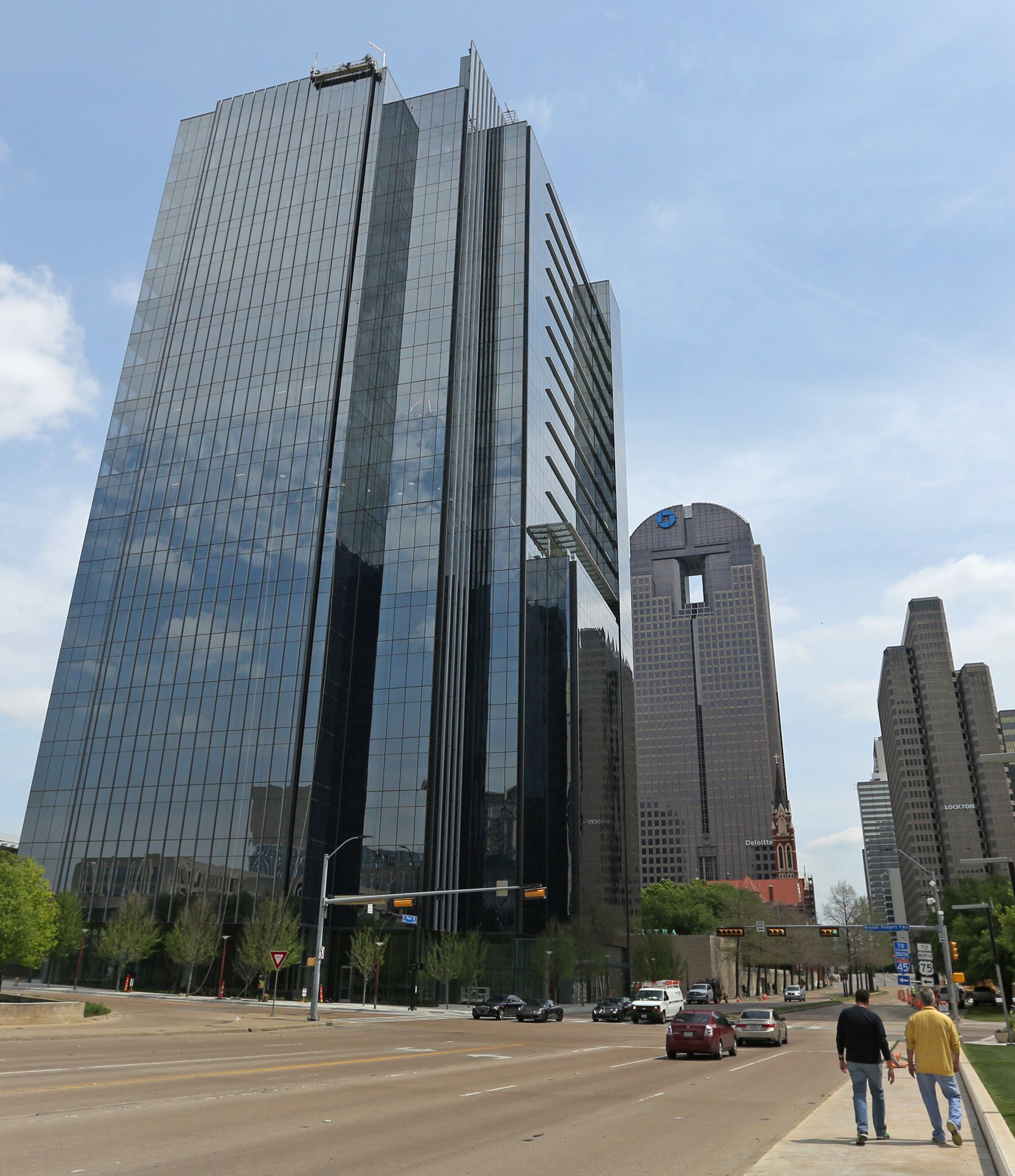 Steward Health Care has rented 67,000 square feet on the top of the 25-story 1900 Pearl building in downtown Dallas.
