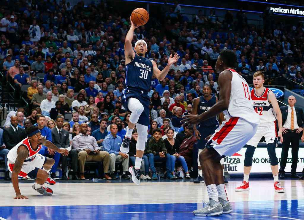 Dallas Mavericks guard Seth Curry (30) puts up a shot during the second quarter of a National Basketball Association matchup between the Dallas Mavericks and the Washington Wizards on Wednesday, Oct. 23, 2019 at American Airlines Center in Dallas. (Ryan Michalesko/The Dallas Morning News)