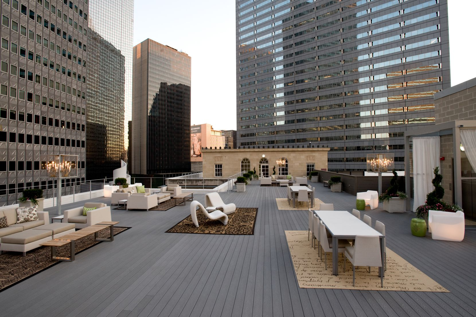 The rooftop patio at the 400 North Ervay apartment complex on top of the old post office.