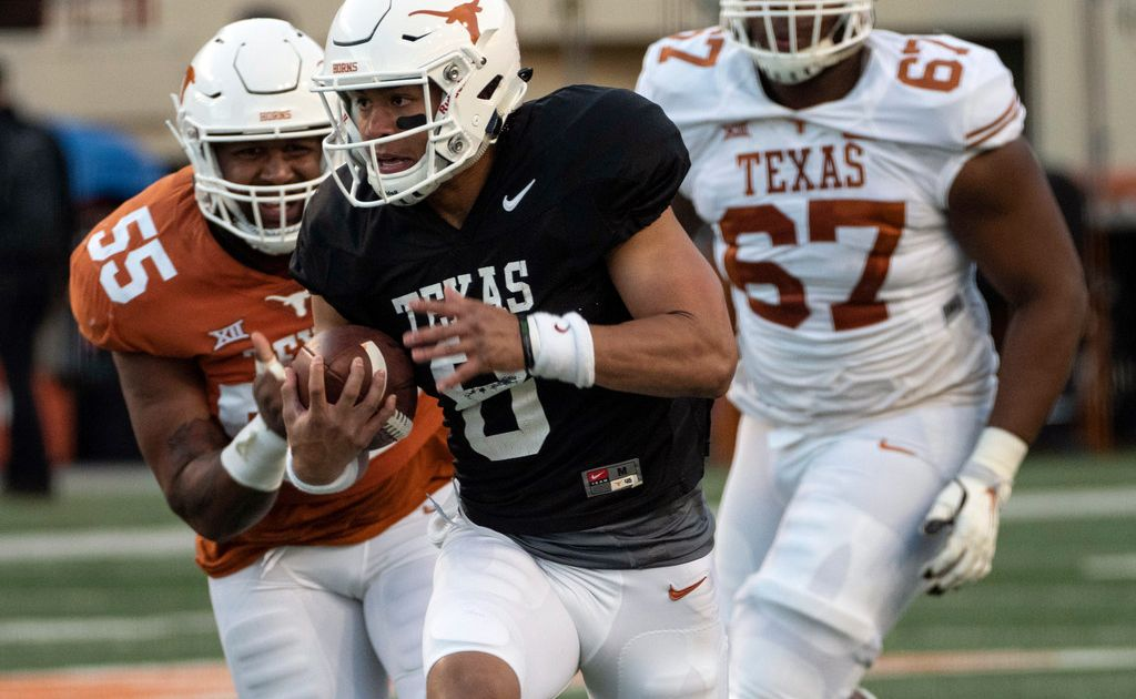 Casey Thompson working to gain every advantage over Hudson Card in Texas' QB competition