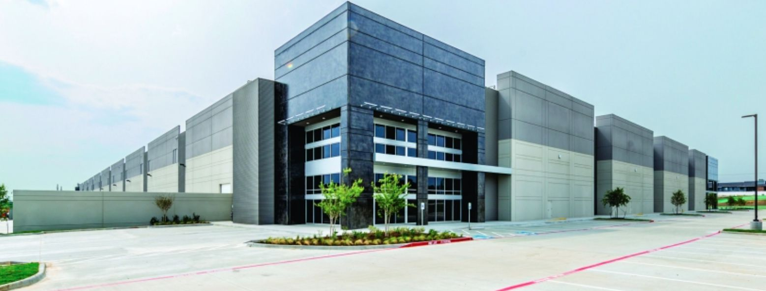 JacksonShaw builds a variety of urban industrial projects including this one in Irving.
