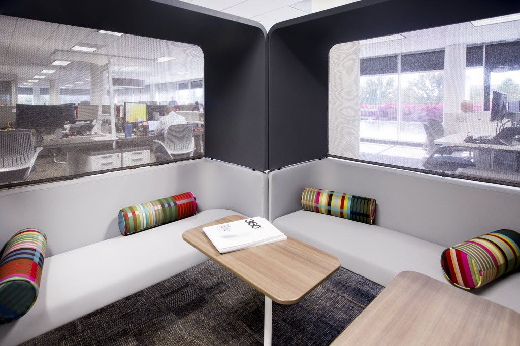 A lounge area next to workstations furnished by Steelcase. (Smiley N. Pool/The Dallas Morning News)