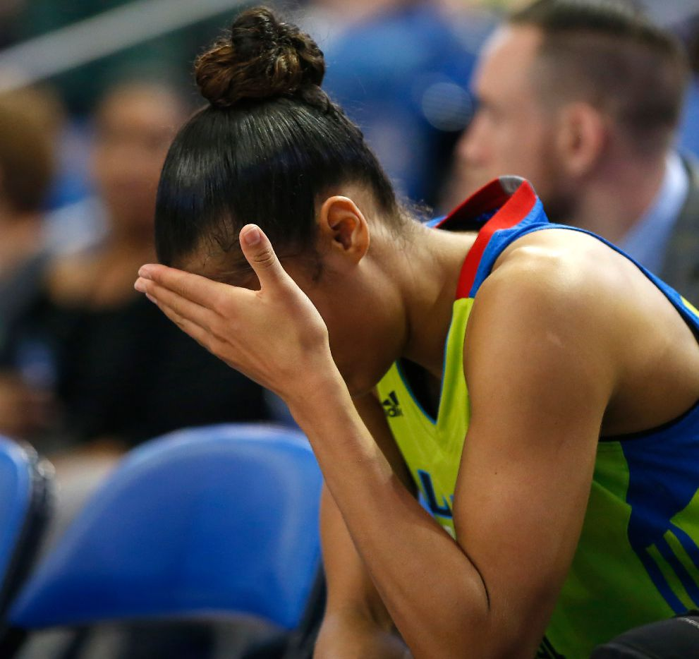 Dallas Wings guard Skylar Diggins-Smith (4) sits in the bench in the last seconds of a 69-89 loss to Seattle Storm during the second half at College Park Center in Arlington, Texas, Saturday, July 1, 2017. (Jae S. Lee/The Dallas Morning News)