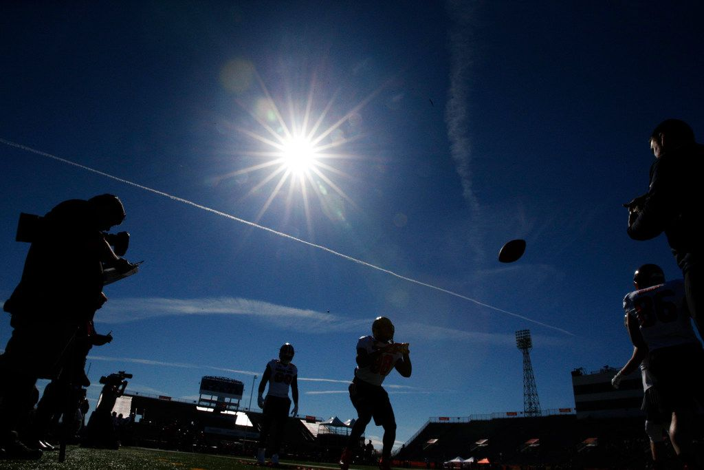 Football players run drills during the South team's practice for Saturday's Senior Bowl college football game in Mobile, Ala., Tuesday, Jan. 23, 2018.(AP Photo/Brynn Anderson)