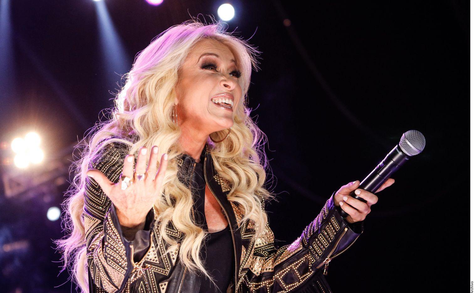 La cantante Yuri comentó que por la pandemia se afectaron algunos proyectos, entre ellos la producción de su bioserie.
