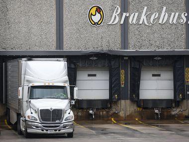 La planta de Brakebush Bros tiene alrededor de 750 empleados en Irving.