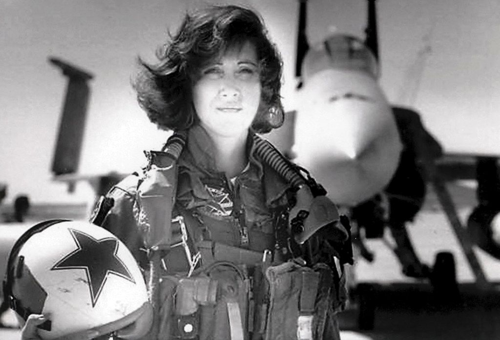 Tammie Jo Shults was a Navy fighter pilot in the early 1990 before becoming  a Southwest Airlines pilot.