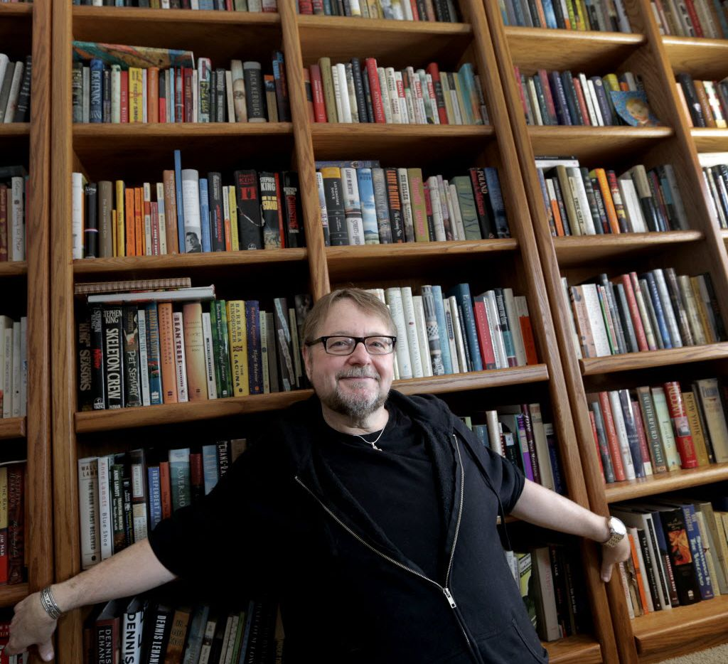 Writer Luis Alberto Urrea, shown at his home in Naperville, Ill.  on  Jan. 16, 2015.
