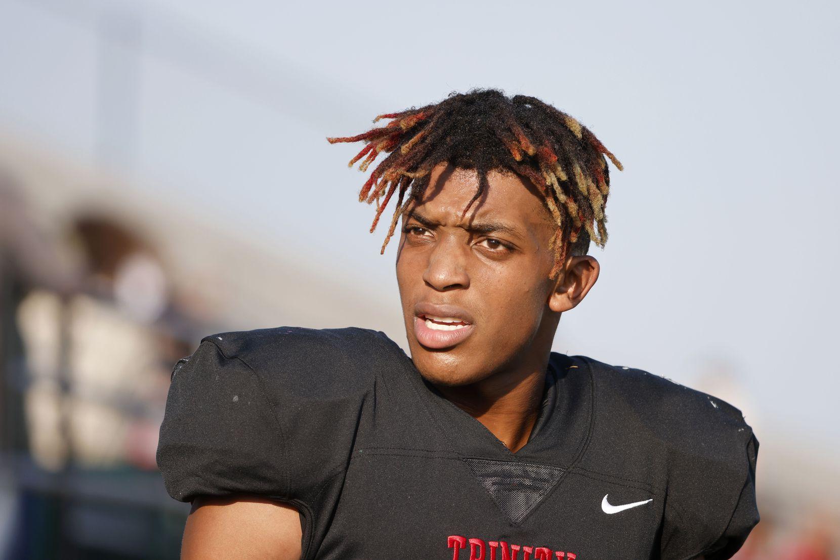 Arlington Lamar quarterback Ollie Gordon, prior to their high school football game in Bedford, Texas on Aug. 26, 2021. (Michael Ainsworth/Special Contributor)