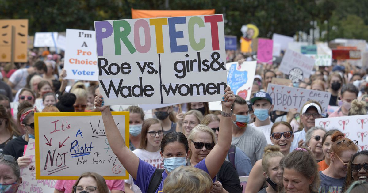 www.dallasnews.com: Thousands pour into downtown Dallas to rally for abortion rights and to blast Texas' SB 8 law