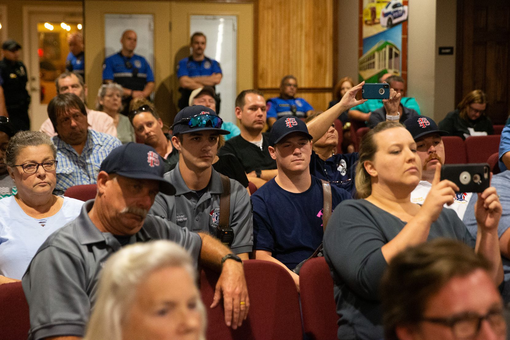 Attendees anticipated an announcement from council members during the council meeting in Ferris on Oct. 7, 2019.  (Lynda M. Gonzalez/The Dallas Morning News)