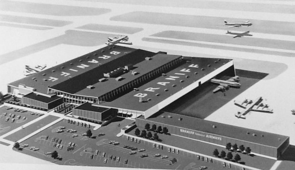 Braniff's base at Love Field opened in 1958.