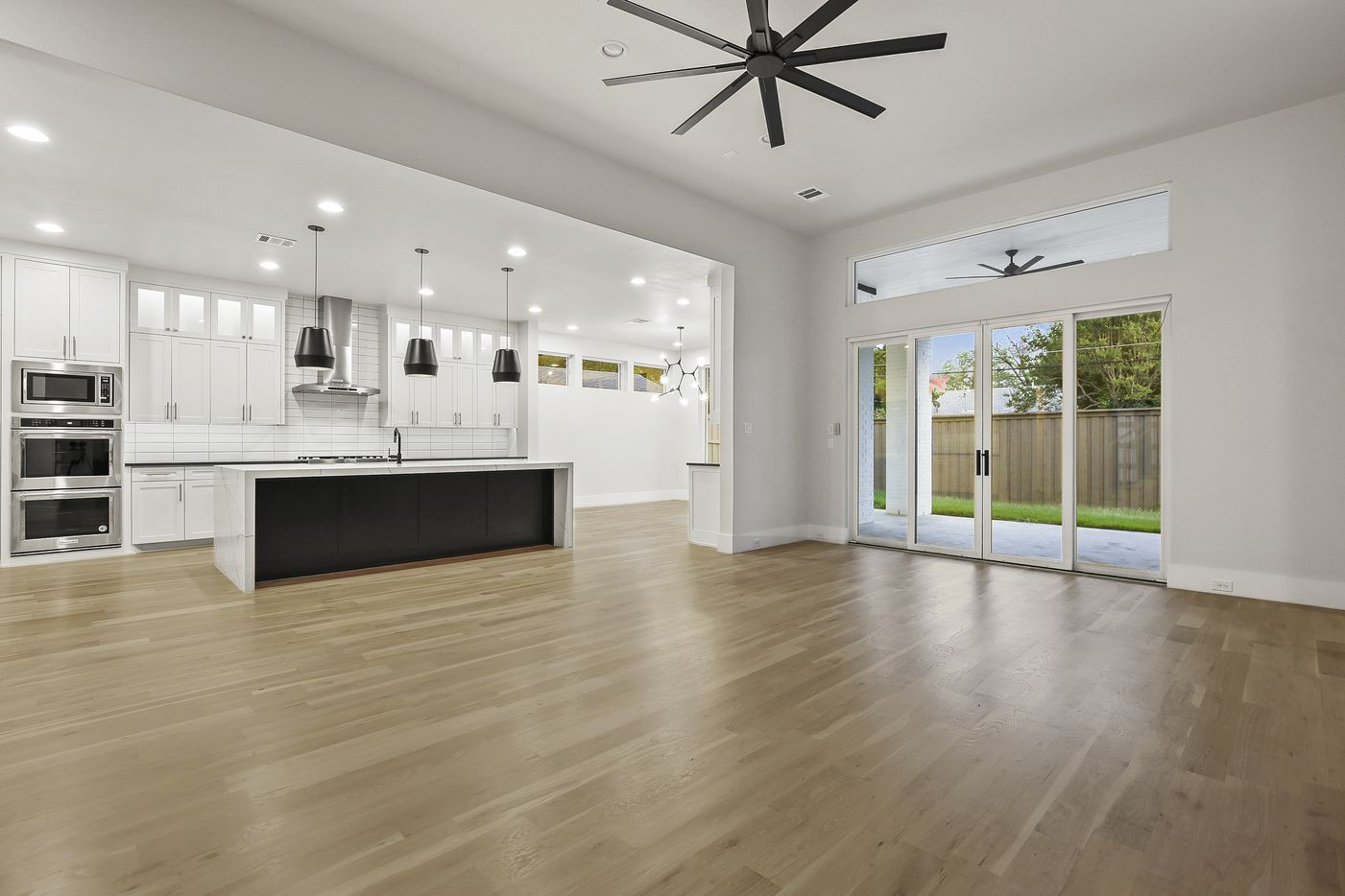 A look at the interior of 3842 Dunhaven Road in Dallas, TX.