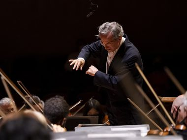Music director Fabio Luisi leads the Dallas Symphony Orchestra in Weber's 'Oberon' Overture on Sept. 23 at the Meyerson Symphony Center in Dallas.