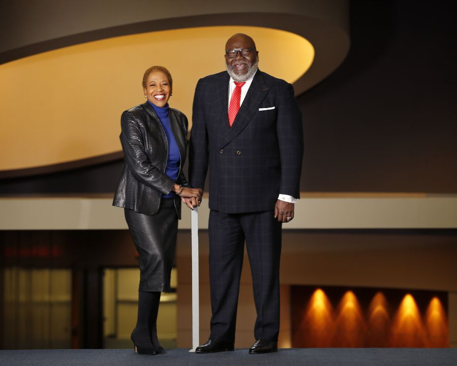 Hattie Hill will serve as CEO of T.D. Jakes' new foundation.
