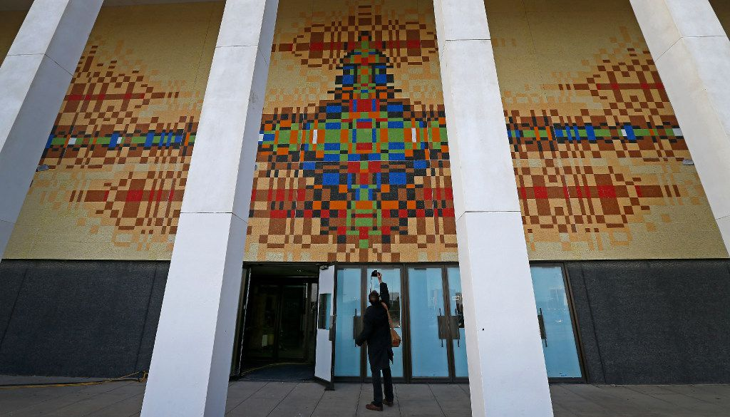In 2016, Phil Ritter took pictures of the mural designed by architect Brenda Stubel on the old Sanger-Harris building at Valley View.