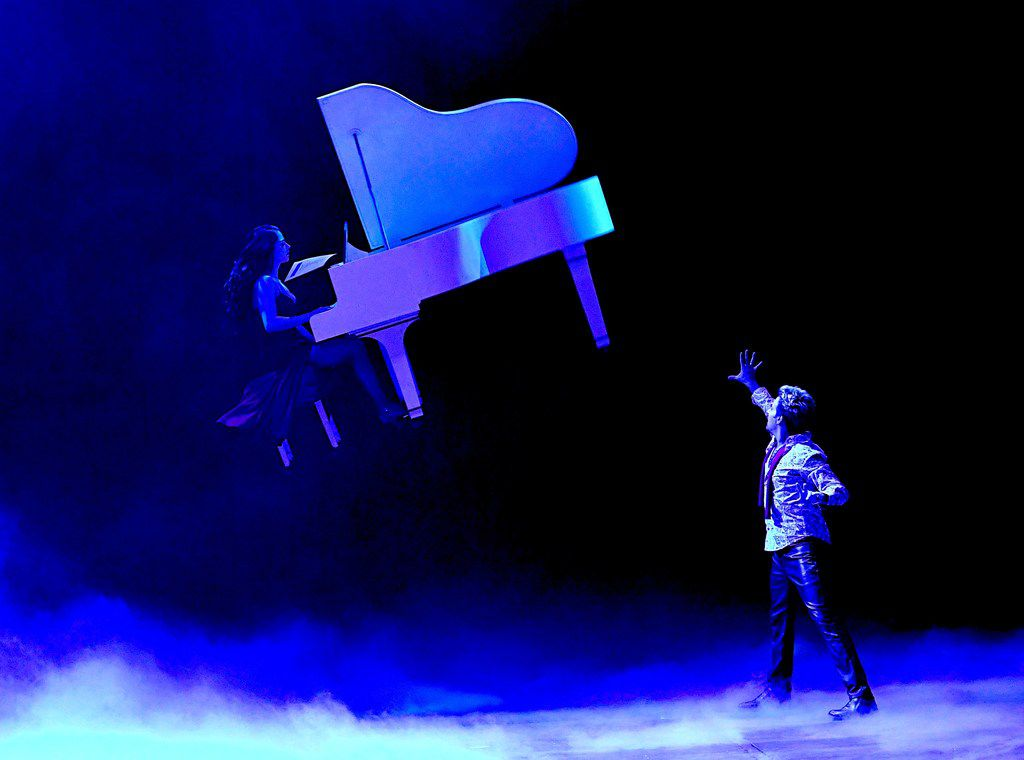 Illusionist Tommy Wind lifts more than spirits in the new Masters of Illusion at Bally's Las Vegas.