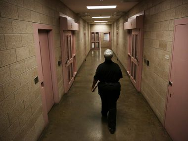 Inside the Kays Tower at Lew Sterrett Jail in Dallas Tuesday September 12, 2017. (Andy Jacobsohn/The Dallas Morning News)