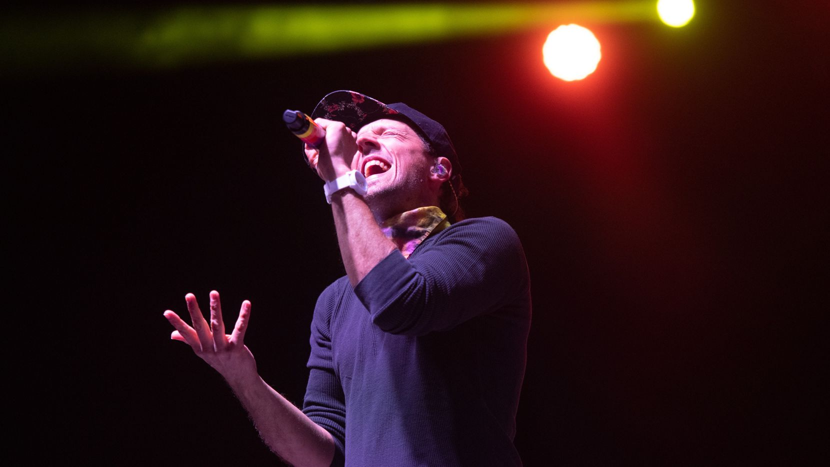 """Jason Mraz -- ANAHEIM, CALIFORNIA - APRIL 23: Singer Jason Mraz performs on stage during a drive in concert in support of his new album """"Look for the Good"""" at City National Grove of Anaheim on April 23, 2021 in Anaheim, California. (Photo by Scott Dudelson/Getty Images)"""