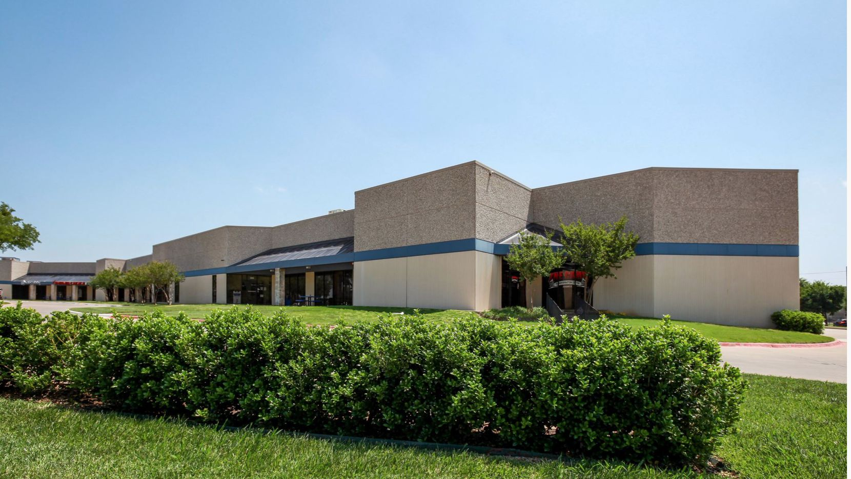 Randol Mill Service Center in Arlington is one of three properties PHP Capital has acquired.