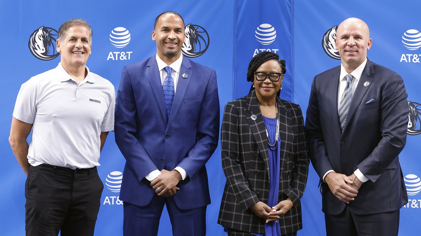 (from left) Dallas Mavericks owner Mark Cuban, new general manager Nico Harrison, CEO Cynt Marshall and new head coach Jason Kidd pose for photo following an introductory press conference at the American Airlines Center, Thursday, July 15, 2021.